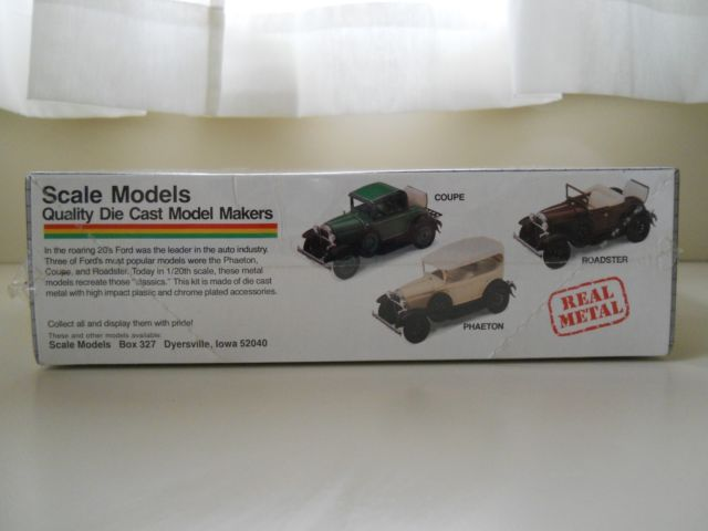 Ford Model A Coupe Metal Kit 1:20 – Traffic Modelcars